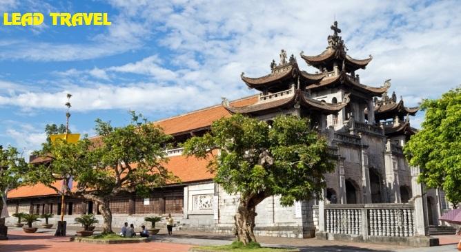 Tour Ninh Bình Nhà Thờ Đá Phát Diệm