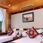 Phong-nghi-du-thuyen-Golden-Star-Cruise