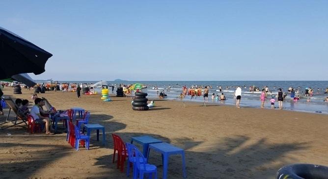 Kinh nghiệm đi biển Hải Tiến-Biển Hải Tiến có gì hấp dẫn du khách