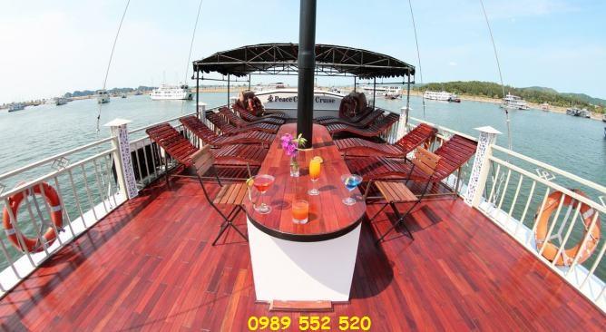 Peace Charm Cruise Hạ Long sundeck