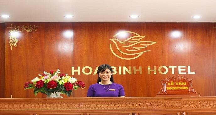 khách sạn Hòa Bình Đồng Hới
