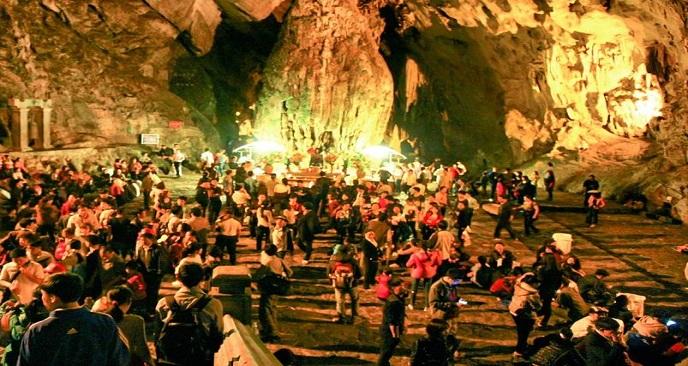 Lễ hội chùa Hương có gì