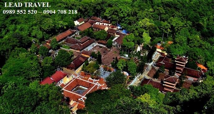 Lịch trình đi chùa Hương 1 ngày