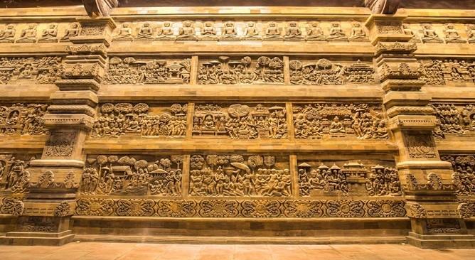 Phù điêu chùa Tam Chúc