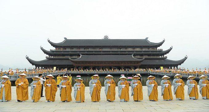 Kinh nghiệm đi chùa Tam Chúc Hà Nam
