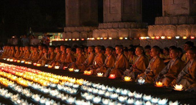 xem lễ hội chùa Tam Chúc
