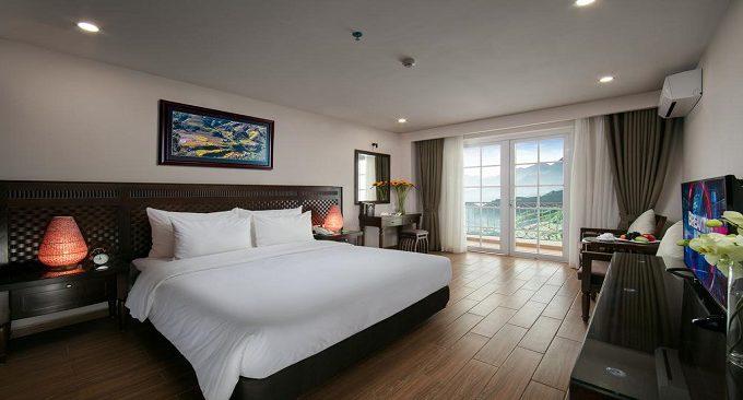 azure hotel sapa