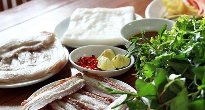 đặc sản bánh tráng cuốn thịt heo