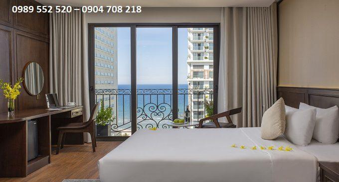 giá phòng khách sạn golden lotus mùa khai trương