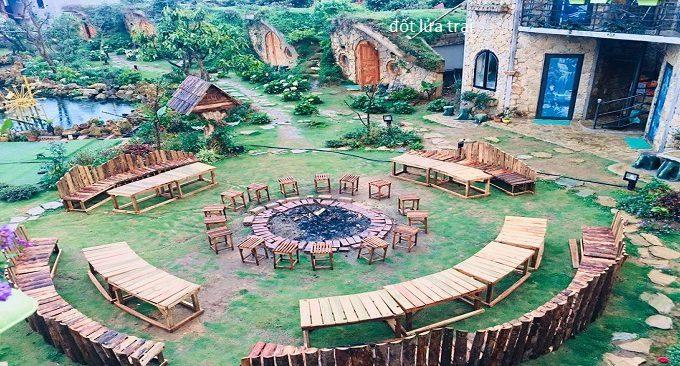 sân đốt lửa trại