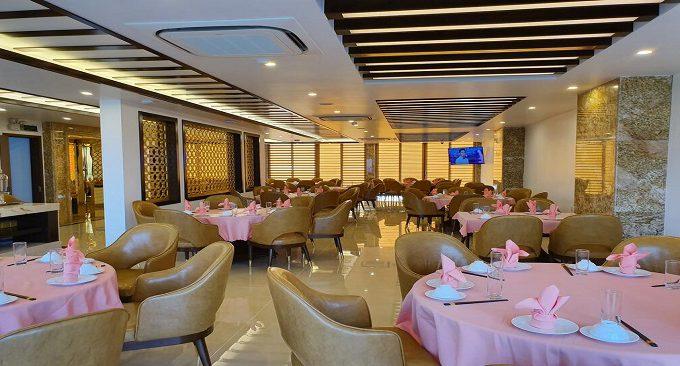 khách sạn golden palm hạ long
