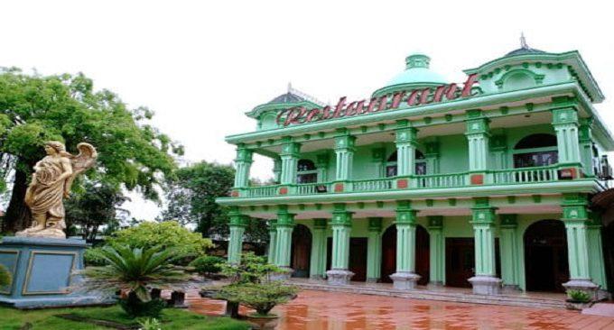 khu nhà hàng Hương Trà