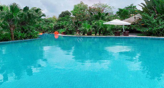 bể bơi nước ngọt tại resort
