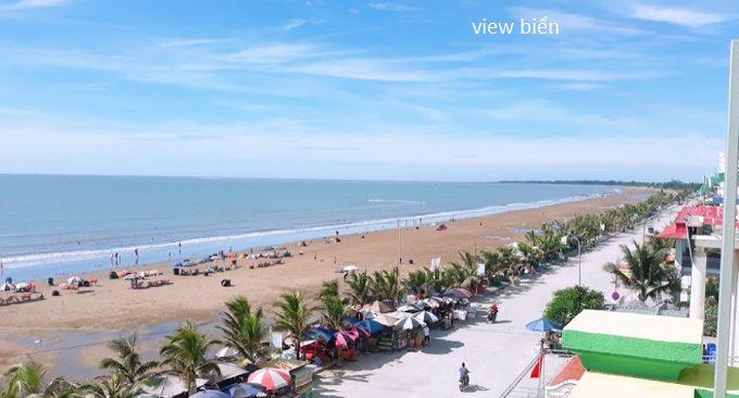 khách sạn có view bãi biển Hải Tiến