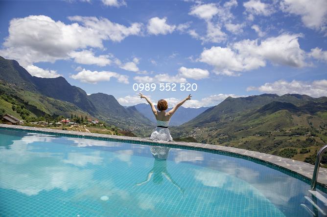 bể bơi the mong village